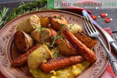 Goulache au poulet avec légumes cuits au four et saucisses