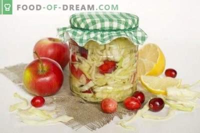 Chou mariné aux canneberges dans une marinade au citron