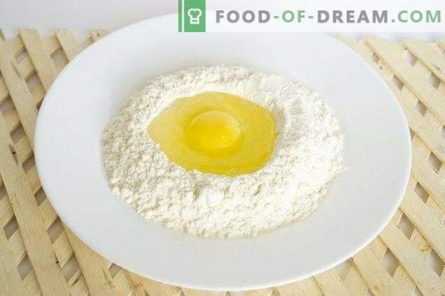 Shurpa au poulet et aux nouilles maison