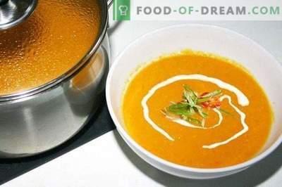 Zucchini puree soup