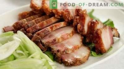 Le salo dans une pelure d'oignon est la recette la plus délicieuse. Comment saler correctement, quelle quantité cuire.