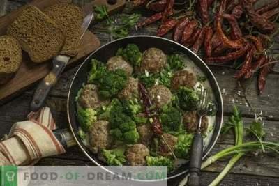Galettes de viande rapides au brocoli en sauce béchamel