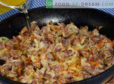 Comment faire cuire de délicieux estomacs de poulet dans une casserole, une mijoteuse, un four, une crème sure, des pots