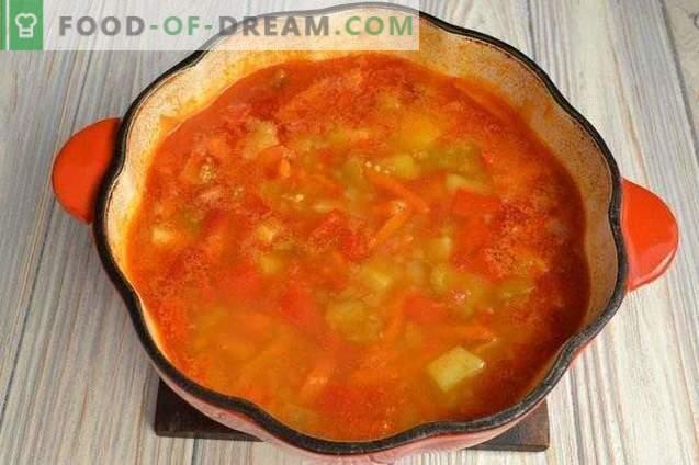 Soupe de potiron aux poivrons et pommes de terre
