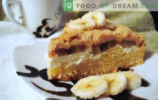 Le gâteau à la banane et au fromage cottage est un dessert sain, léger et incroyablement savoureux. Une sélection des meilleures recettes pour un gâteau à la banane et au fromage cottage
