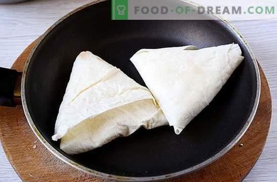 Eelroog juustust ja pitalast küüslaugu ja rohelusega - küsige lihtsalt lauale! Foto-retsept samm-sammult toiduvalmistamine vürtsikas pita ja kodujuust