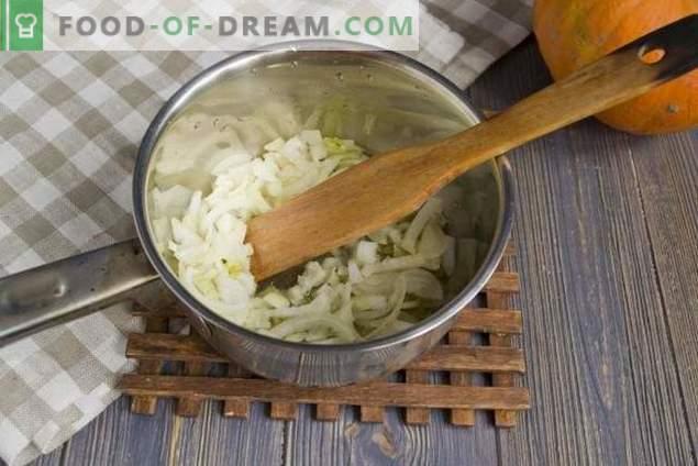 Potage à la citrouille avec crème et craquelins