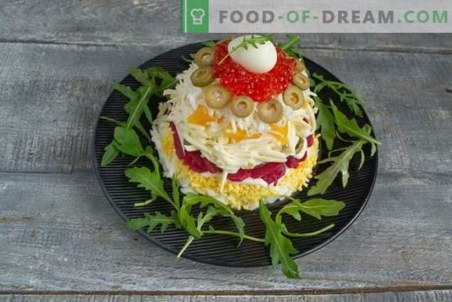 Novoletna salata z rdečimi ribami in kaviarjem