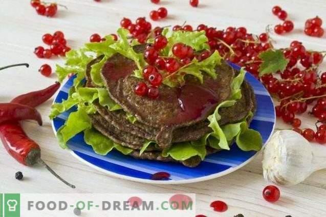 Pannenkoeken van kippenlever met rode aalbessensaus