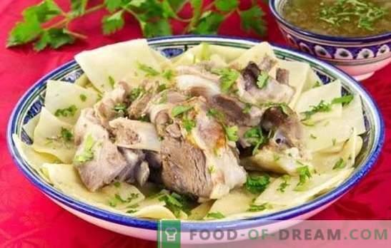 Beshbarmak à partir de viande de porc - des recettes pour des plats savoureux de peuples turcophones. Comment faire cuire le beshbarmak à partir de porc?
