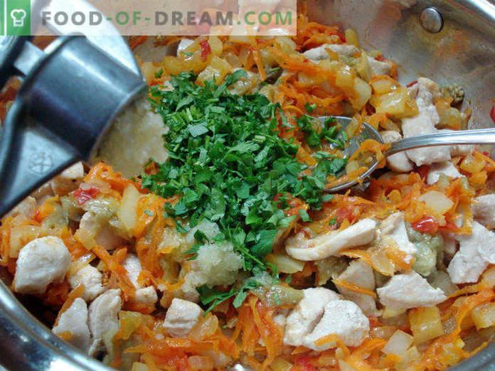 Bateaux d'aubergines avec poulet et légumes, étape par étape avec des photos
