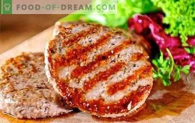 Côtelettes de burger - le monde de la restauration rapide faite maison! Les recettes sont des côtelettes de burgers saines, savoureuses et sûres