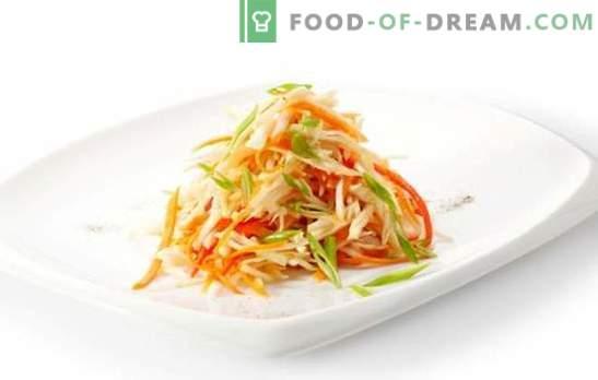 La salade de carottes et de poivrons coréens est un jeu de couleurs! Recette de salades aux carottes et aux poivrons coréens: viande, champignons
