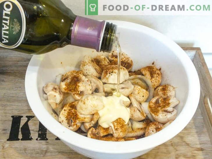 Carne de res jugosa con champiñones al horno en papel de aluminio - una receta para un delicioso plato con un secreto