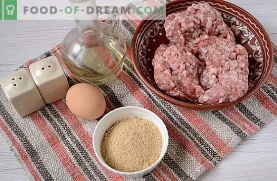 Côtelettes de viande hachée: tendres, juteux, à croûte croustillante. Recette photo étape par étape de l'auteur pour côtelettes de viande hachées, frites dans une casserole dans la chapelure