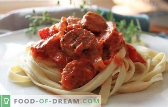 Le porc avec sauce dans une mijoteuse est le meilleur ajout au plat d'accompagnement. Comment faire cuire un délicieux porc avec de la sauce dans une cocotte