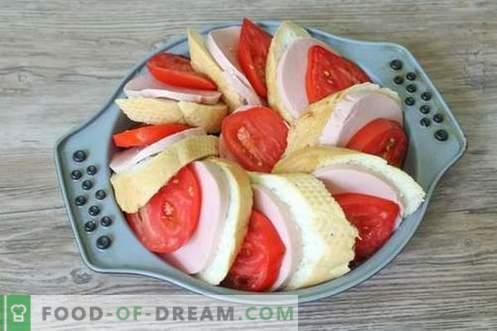 Snack Pie avec pain, fromage et saucisse