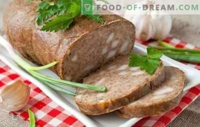 Maison de saucisses hépatiques - pas de chimie! Recettes saucisses au foie faites maison avec bacon, sarrasin, leurre, légumes