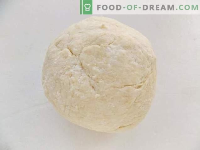 Bagels au fromage cottage avec confiture