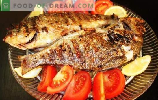 Un crucian dans une mijoteuse - un poisson de rivière savoureux. Les meilleures recettes de crucians dans une mijoteuse: cuites au four, compotées, cuites à la vapeur, frites