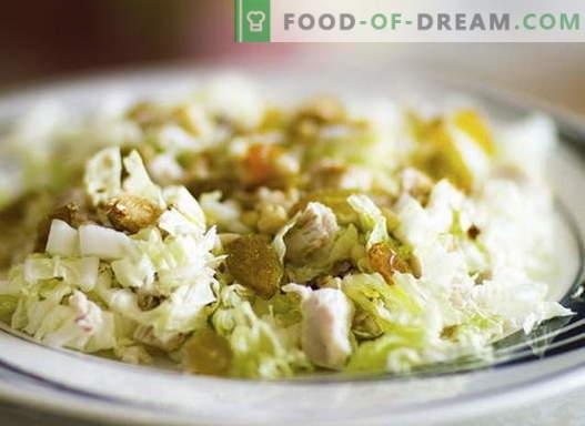 Salade de poulet au chou - les meilleures recettes. Cuire correctement la salade de poulet et de chou.