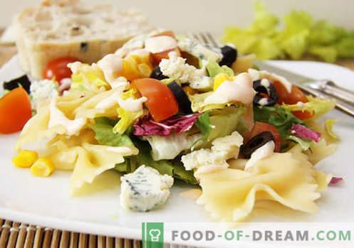 Salade aux olives - cinq meilleures recettes. Comment préparer correctement et délicieusement une salade aux olives.