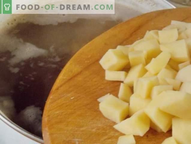 Soupe de lentilles sur bouillon de boeuf