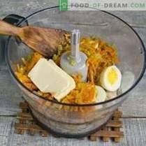pâté de poulet simple avec des œufs et des légumes