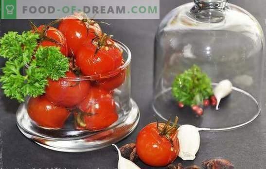 Tomates douces pour l'hiver: avec du miel, des raisins, du jus de pomme, de melon d'eau ou de baies. Recettes originales de tomates douces pour l'hiver