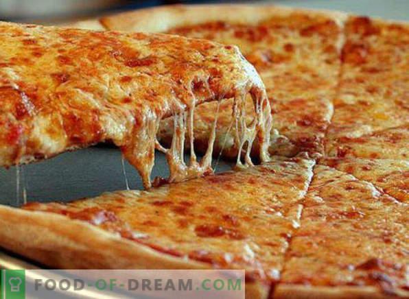 Pizza dans une casserole pendant 10 minutes, recette pas à pas, avec kéfir, sur pain, avec jambon, avec mayonnaise