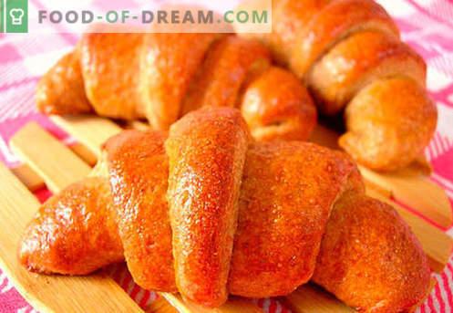 Les bagels à la levure (à base de pâte à levure) sont les meilleures recettes. Comment cuire correctement et savourer des bagels à la levure.