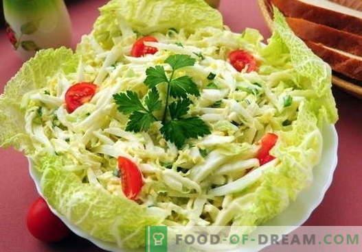Salade de chou à l'œuf - les cinq meilleures recettes. Cuire correctement et délicieuse salade avec du chou et des œufs
