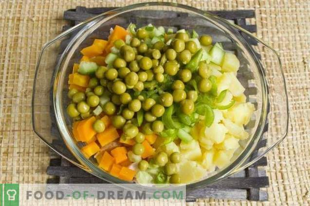 Salade de poitrine de poulet fumée et légumes