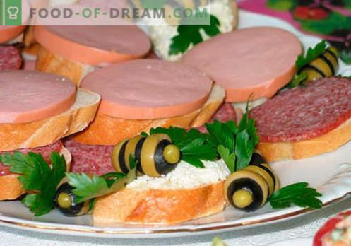 Les sandwichs à la saucisse sont les meilleures recettes. Comment cuire rapidement et savourer des sandwichs avec des saucisses.