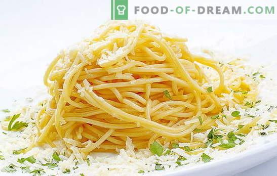 Les spaghettis au fromage constituent un plat italien sur notre table. Recettes rapides pour la cuisson de spaghettis au fromage et à divers additifs