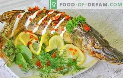 Brochet au four: des recettes pas à pas pour le poisson cuit et cuit. Recettes éprouvées étape par étape pour le brochet au four, entier et en morceaux
