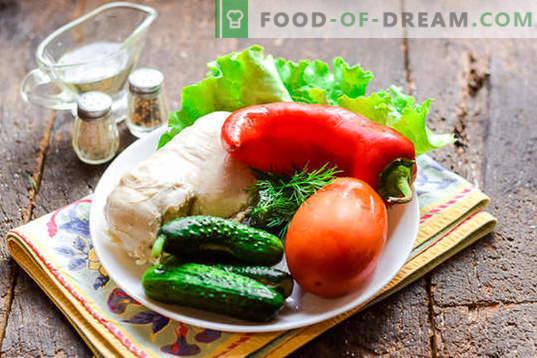 Salade diététique avec poitrine de poulet sans mayonnaise