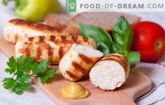 Saucisses délicates et juteuses à base de poulet émincé. Recettes simples pour faire des saucisses maison à partir de poulet haché