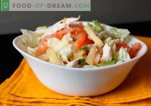 Salade aux ananas en conserve - une sélection des meilleures recettes. Comment bien et savoureux préparer une salade avec des ananas en conserve.