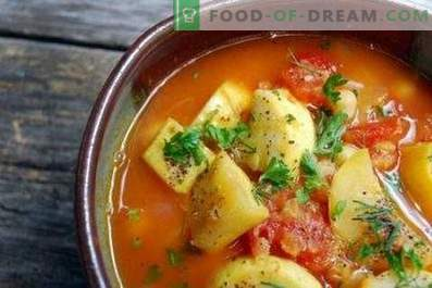 Courgettes cuites avec des légumes